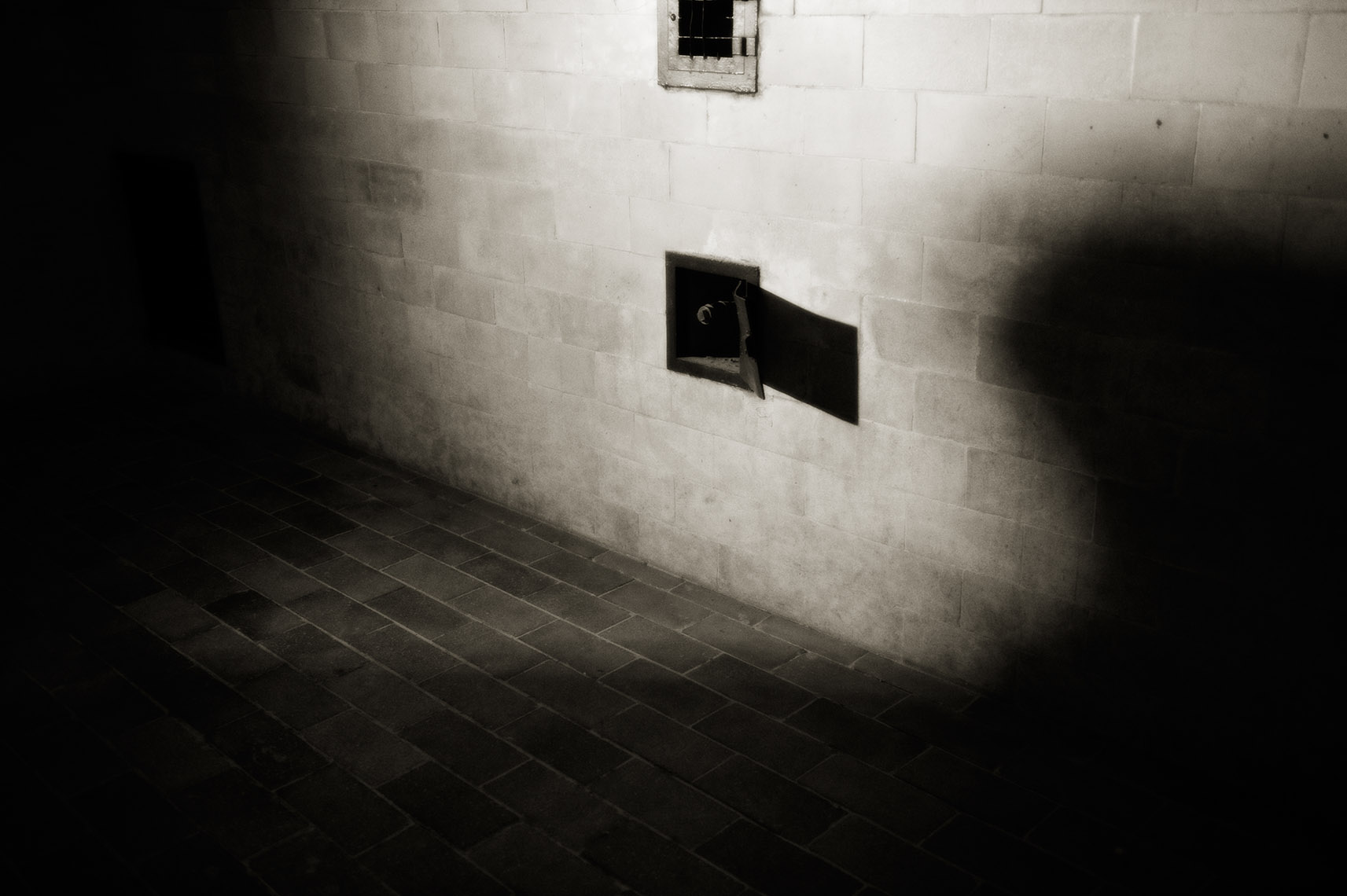Gas Chambers | Washington DC Photographer Aaron Clamage